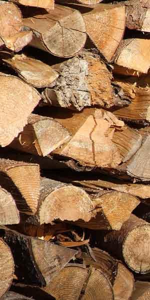 Holzlagerung Kachelofenbau Lothar Schwär aus Oberried